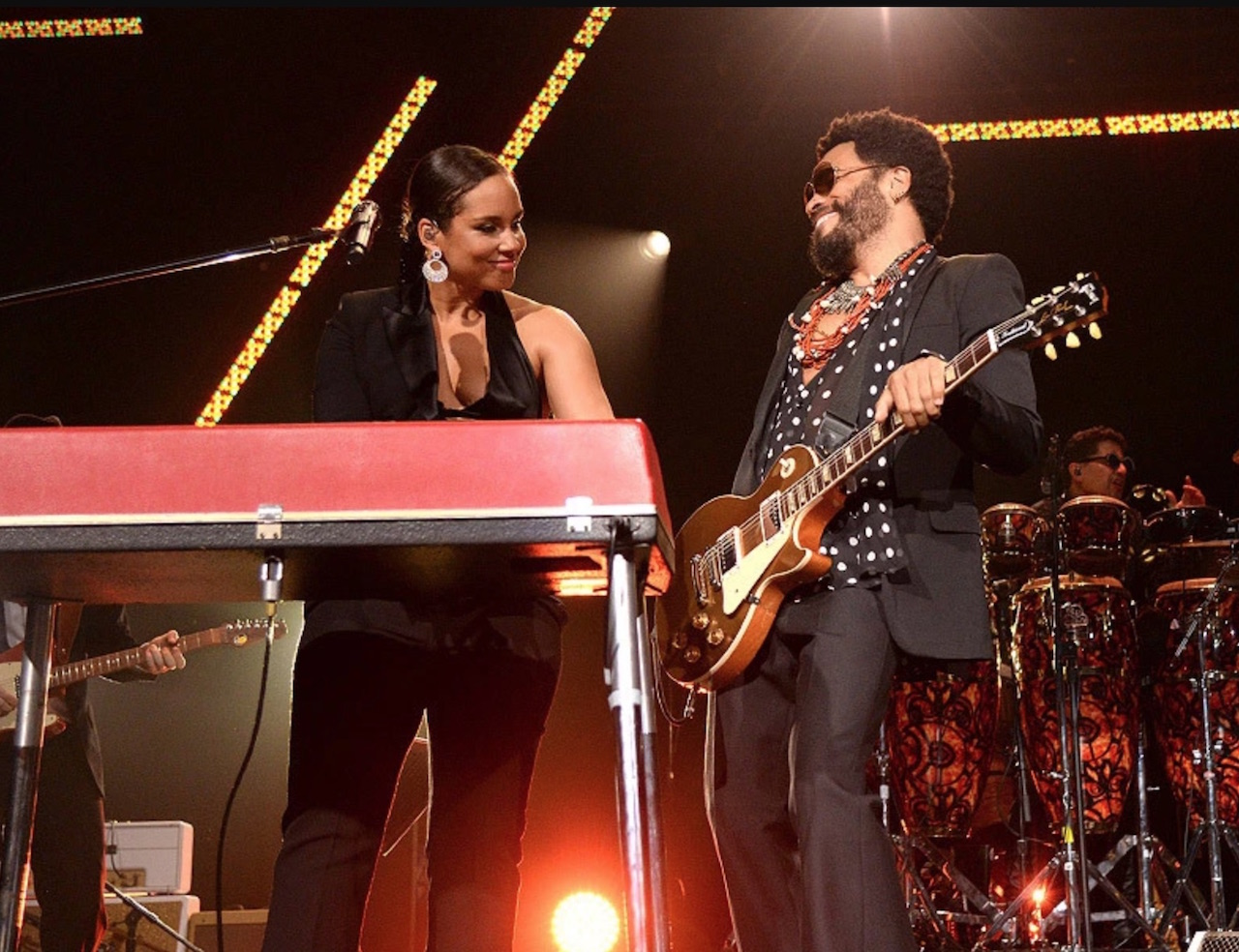 Alicia Keys and Lenny Kravitz perform at an event in 2015