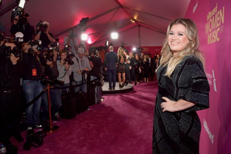 Honoree Kelly Clarkson
