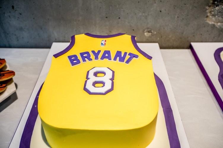 A Kobe cake