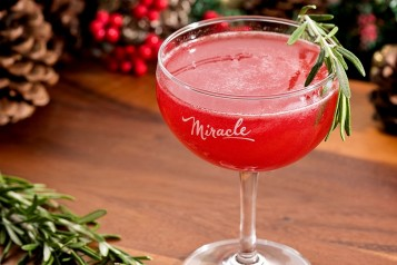 Miracle Death or Glory Christmapolitan