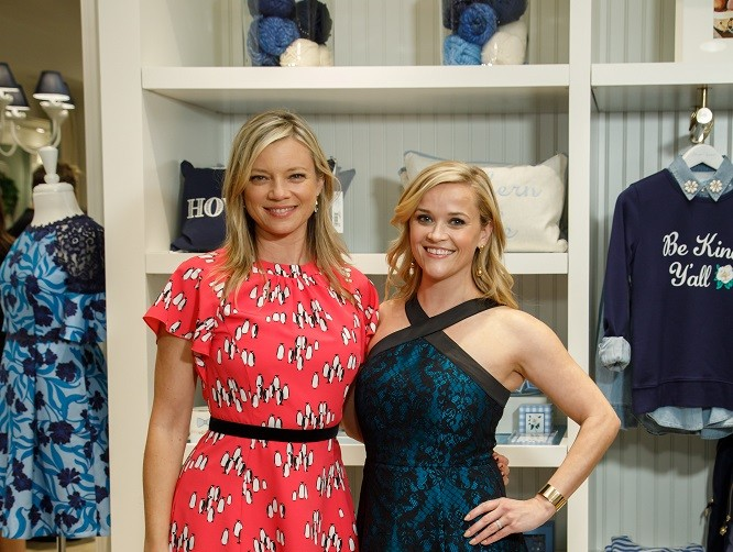 Actresses Amy Smart, Reese Witherspoon