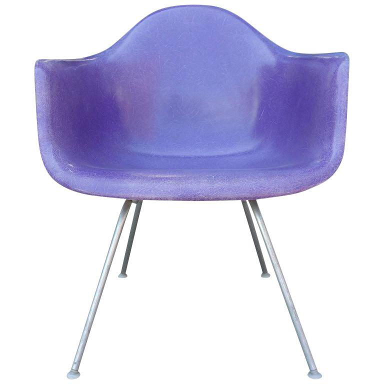mid-century-eames-lax-lounge-armchair-in-rarest-purple-color-7766