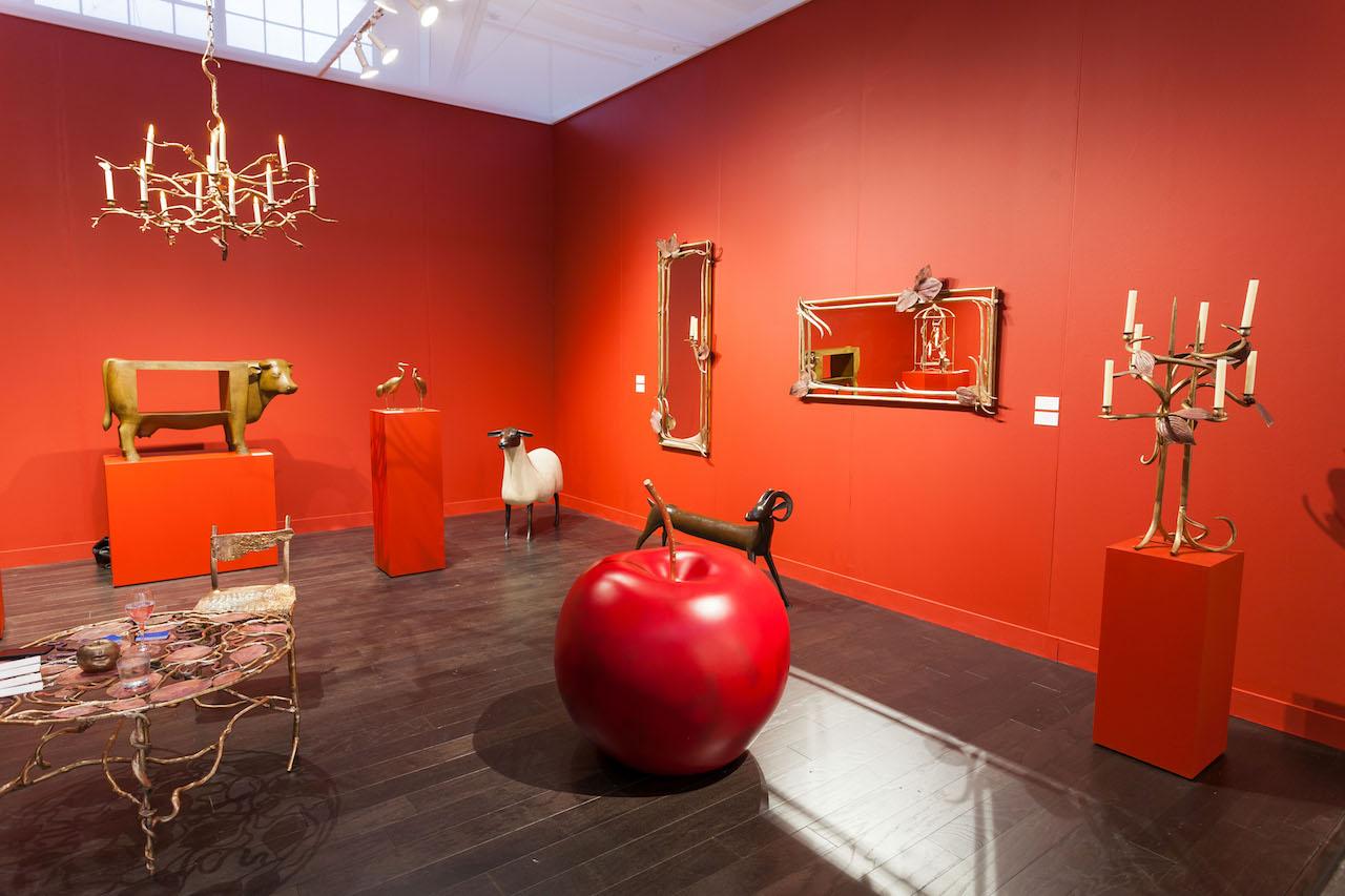 Paul Yasmin Gallery's booth