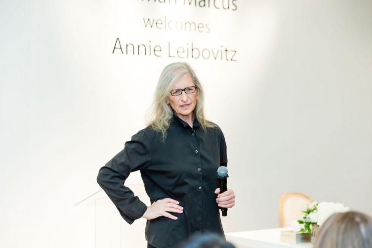 SAN FRANCISCO, CA - December 13 -  Annie Leibovitz attends Neiman Marcus Hosts Annie Leibovitz on December 13th 2017 at Neiman Marcus in San Francisco, CA (Photo - Jessica Monroy for Drew Altizer Photography)