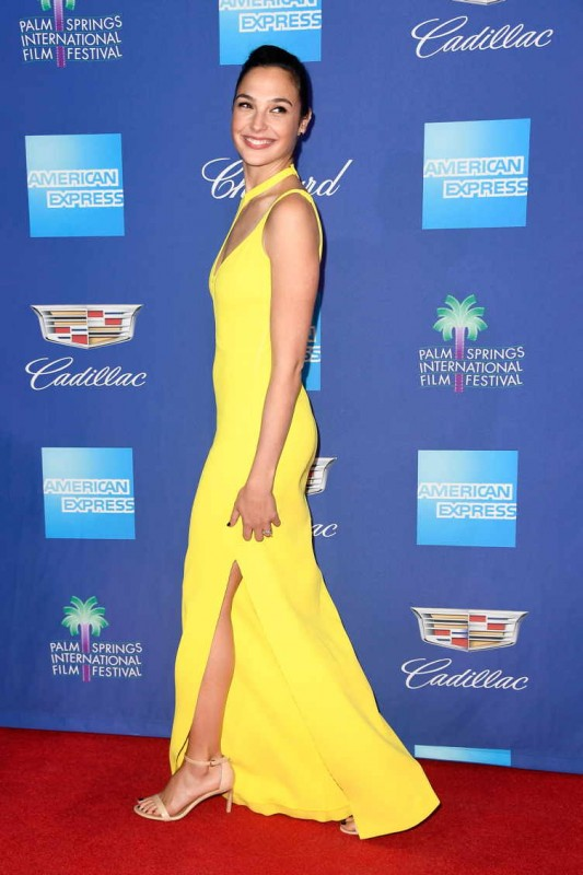 Gal Gadot attends the 29th Annual Palm Springs International Film Festival Awards Gala