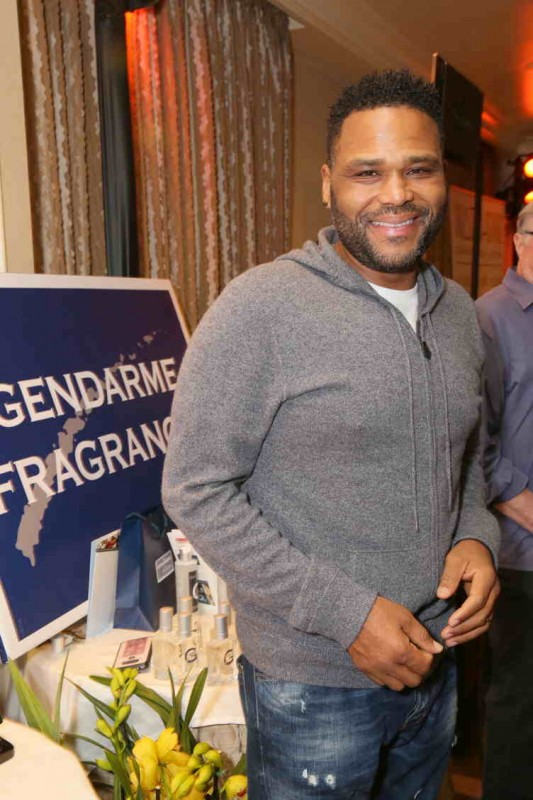 Anthony Anderson attends the HBO LUXURY LOUNGE