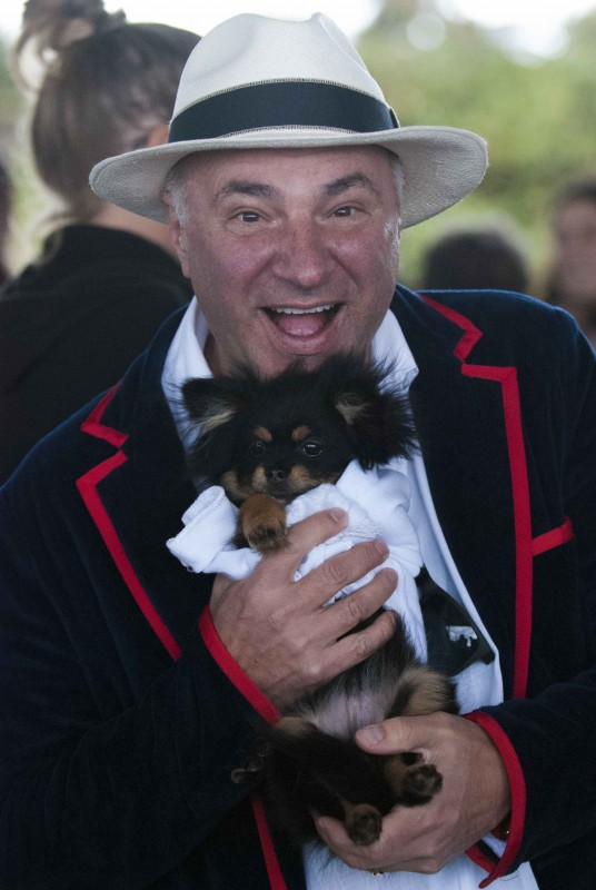 Kevin O'Leary and Paddington the Pom Photo Credit Michelangelo Photography
