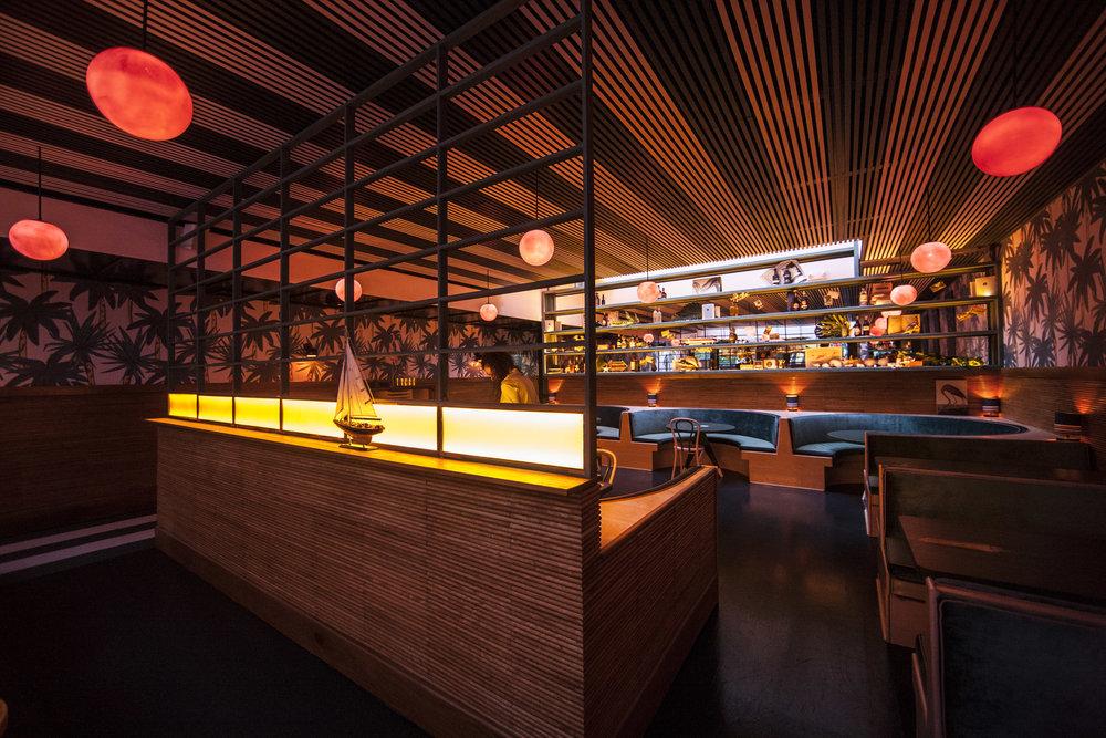 The+Happiest+Hour+Bar+West+Village+Manhattan+New+York2