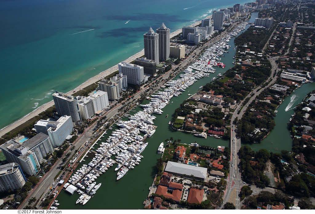 Yachts Miami Beach 3