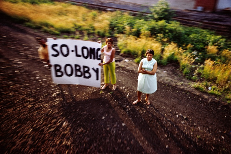 Paul Fusco, Untitled, from the series RFK Funeral Train, 1968, printed 2008