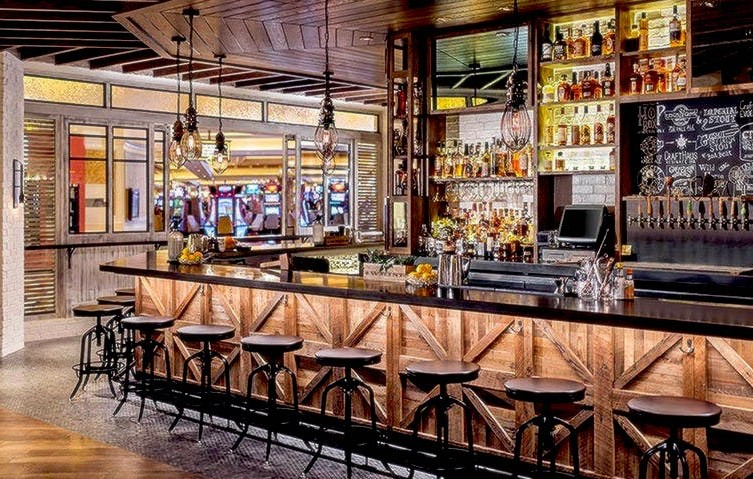 The Best Places To Celebrate Mardi Gras In Las Vegas Yardbird