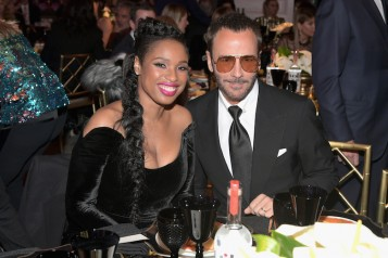 """WCRF's """"An Unforgettable Evening"""" Presented by Saks Fifth Avenue – Inside"""