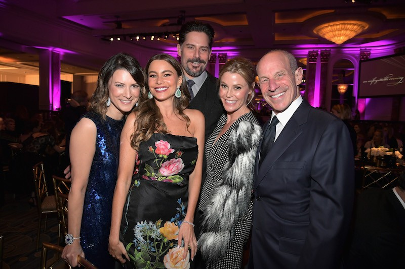 "(L-R) Lizzie Tisch, Sofia Vergara, Joe Manganiello, Julie Bowen and Jon Tisch attend WCRF's ""An Unforgettable Evening"" Presented by Saks Fifth Avenue"
