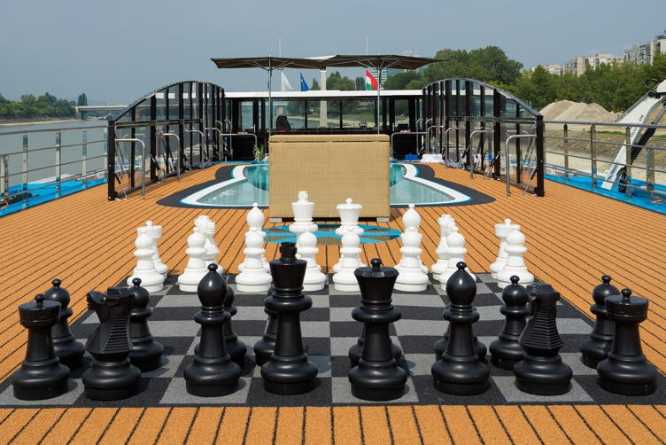 River cruise 12