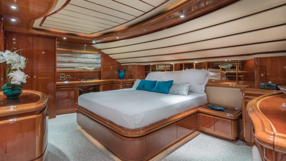 Everything You Didn't Know About The Luxe Yacht On The Bachelor Paradise Yacht The Bachelor