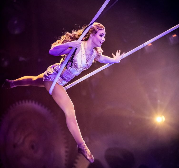 A Cirque du Soleil performer at One Night For One Drop rehearsals