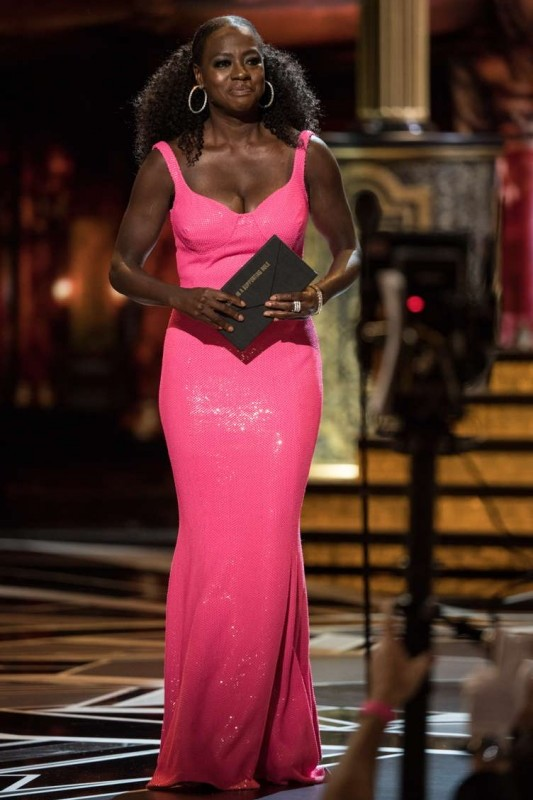 Viola Davis presents the Oscar for performance by an actor in a supporting role