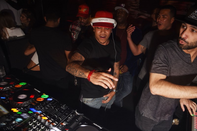 Dj Chuckie Spinning at Rockwell MMW 2017(2)