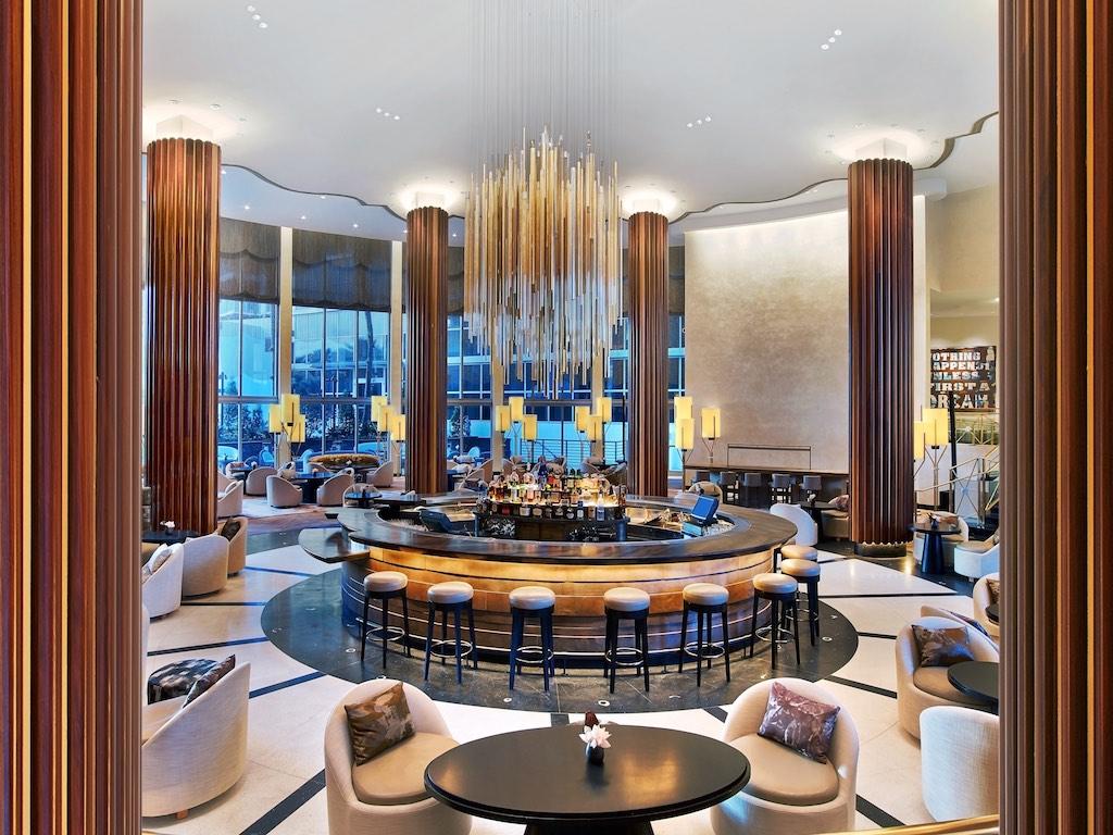 Eden roc miami beach unveils 250 million transformation for Design hotel eden