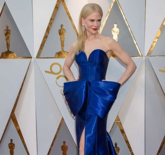 Nicole Kidman arrives on the red carpet of The 90th Oscars® at the Dolby® Theatre