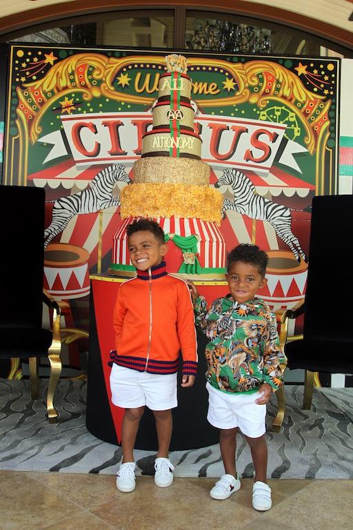 Antonio Brown Son >> Inside Antonio Brown S Birthday Bash For Sons Auto And Ali