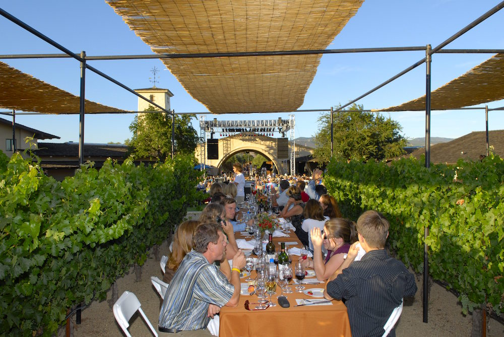 A scene from one of the concert's dinners