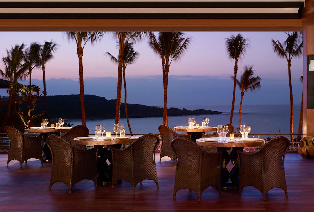 Dinner with a view, island style