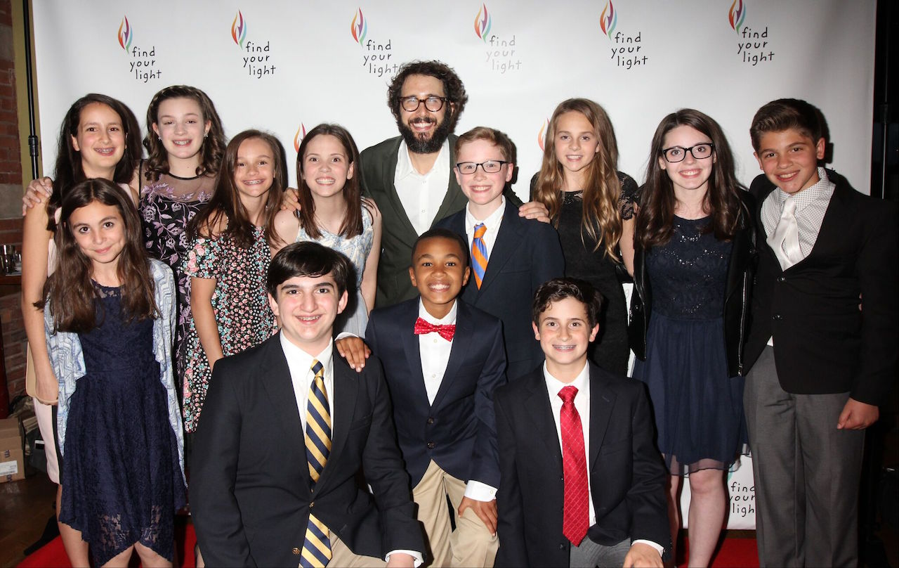 Josh Groban and students from the NewArts Program at the 2017 Find Your Light Gala