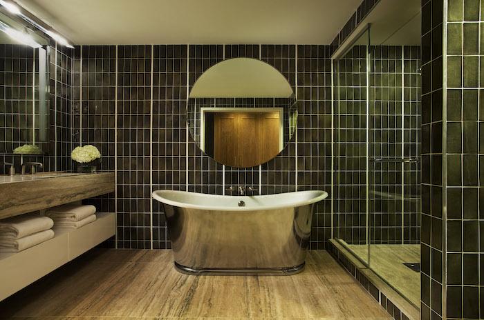 Signature Suite Bathroom