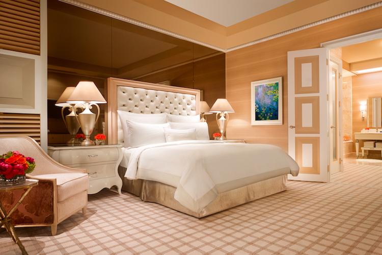 Wynn_Salon_Suite_Bedroom_Barbara_Kraft