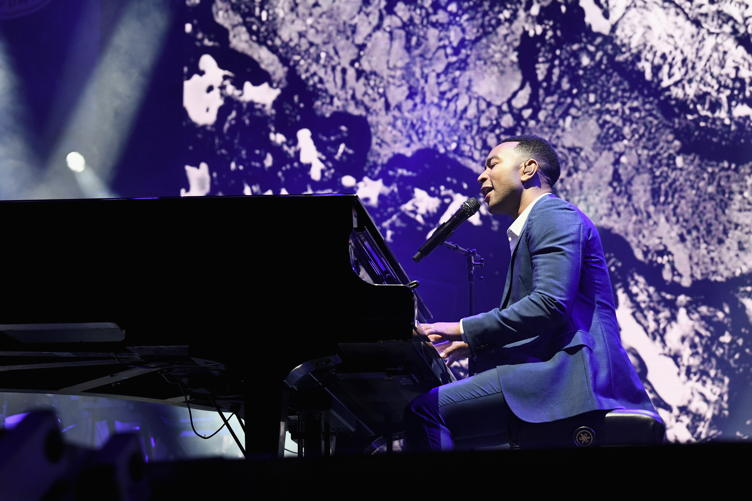 John Legend performs on stage at the Fourth Annual Los Angeles Dodgers Foundation Blue Diamond Gala