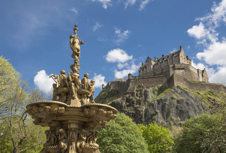 Edinburgh Castle and the Ross Fountain seen from Princes Street Gardens