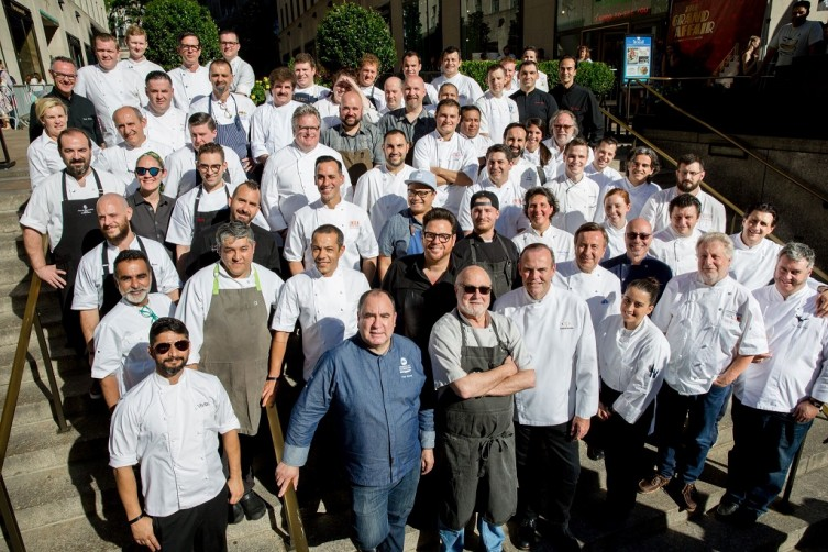 Group Chef Shot at Chefs Tribute 2018-CREDIT Eric Vitale Photography-3_preview