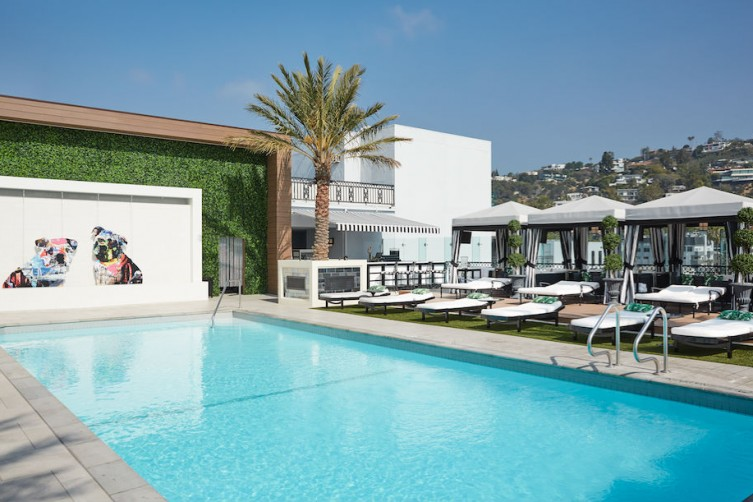 London-West-Hollywood-Rooftop-Pool