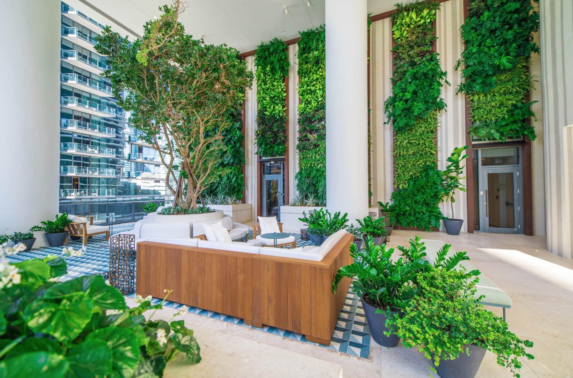 SLS LUX Brickell Garden Terrace