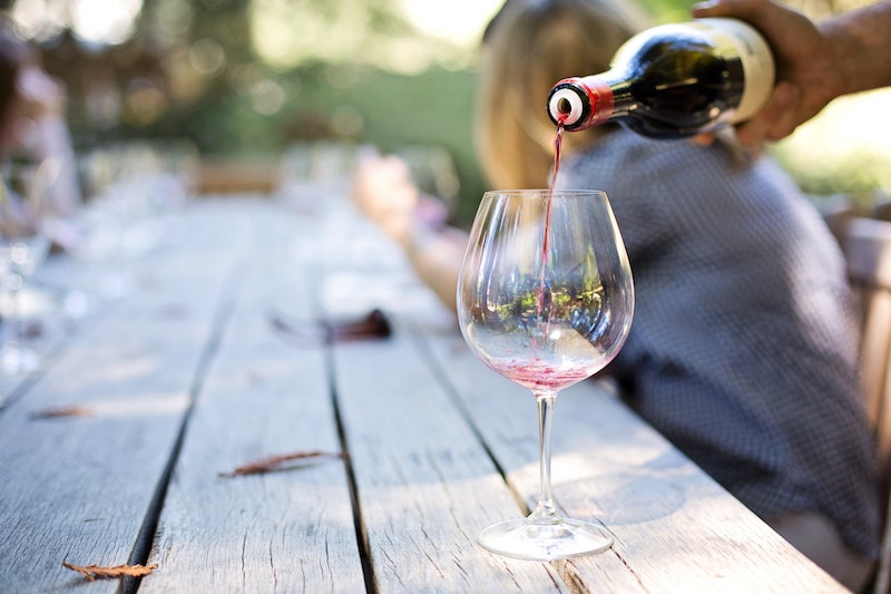 adult-alcohol-blur-290316 (1)