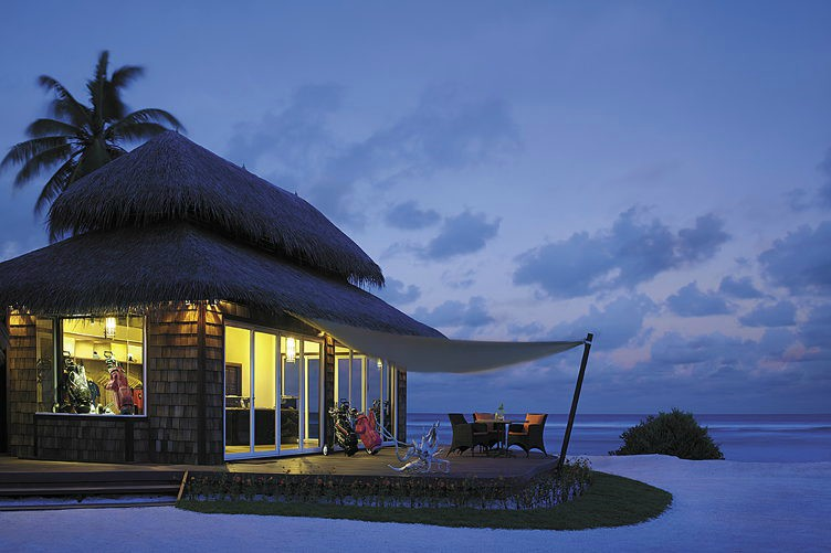 Shangri-La Villingili Resort and Spa Clubhouse