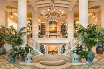 Hotel Casa del Mar entrance