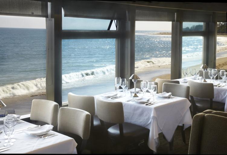 Mastros-Malibu-Ocean-Club1
