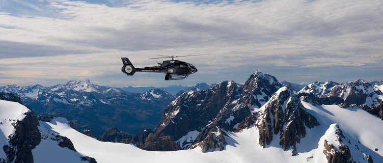 QN3-Queenstown-Over-The-Top-Helicopters