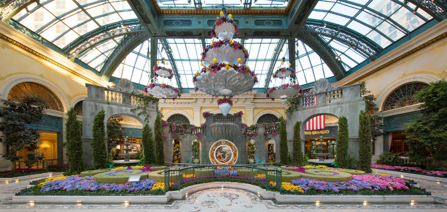fall in love with italy this summer at bellagio las vegas