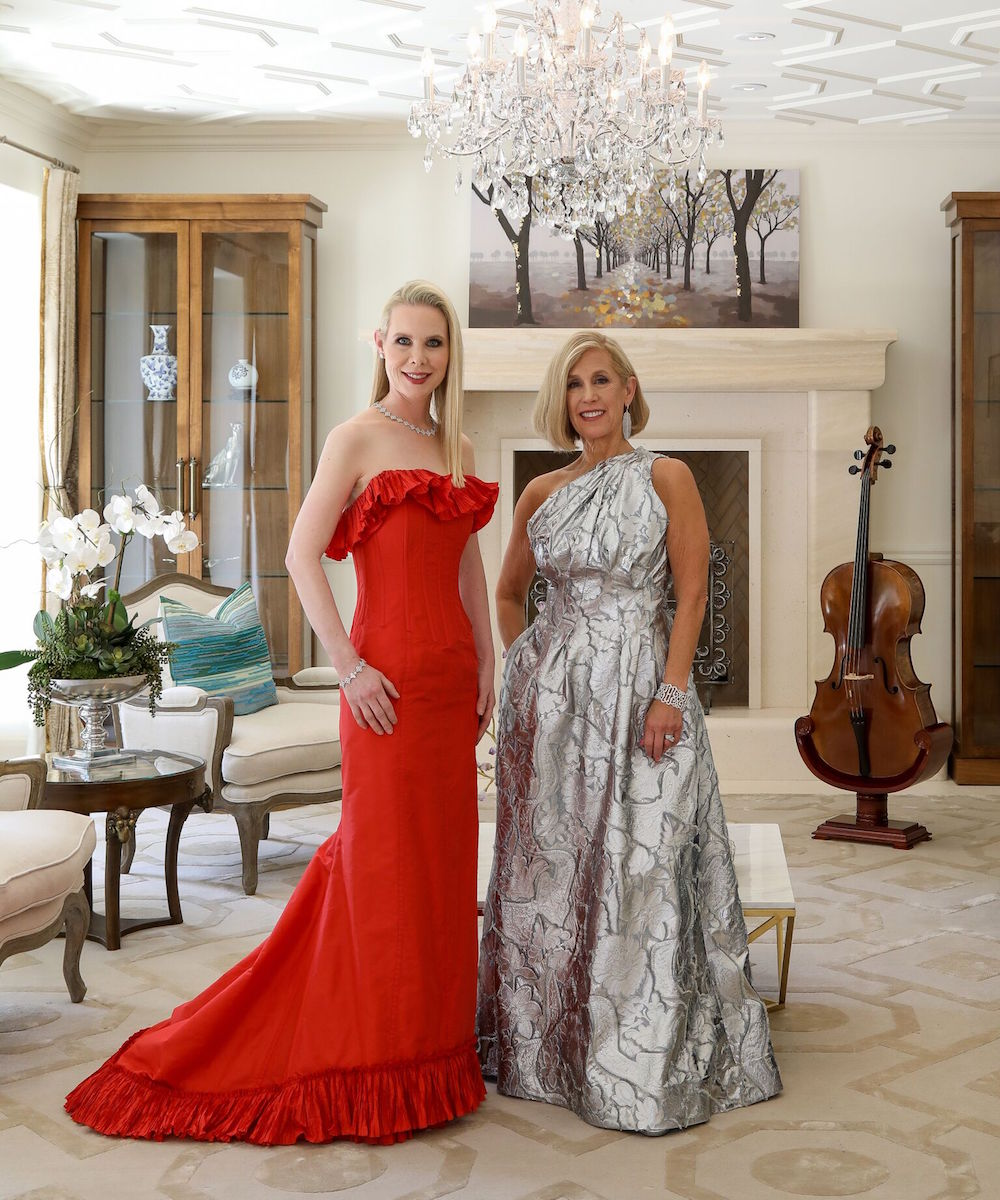 The 2018 Opera Ball chairs Shannon Cronan (in Oscar de la Renta) and Kathy Huber (in Carolina Herrera). Both women are wearing Shreve & Co. jewelry. The jeweler is an official jewelry sponsor of the ball. Neiman Marcus, where Huber's dress is from, is the dinner sponsor for the event.