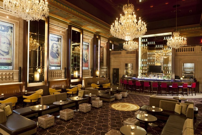 BOND Restaurant Lounge