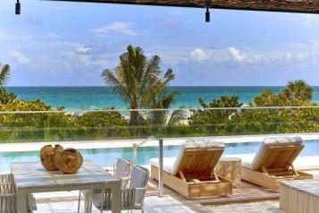 1 Hotel Cabana Pool – Cabana View