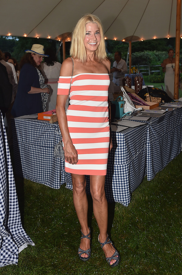 Candace Bushnell attends the Rita Hayworth Gala Hamptons Kickoff Event hosted by Alzheimer's Association at Private Residence on August 3, 2018 in Water Mill, New York.