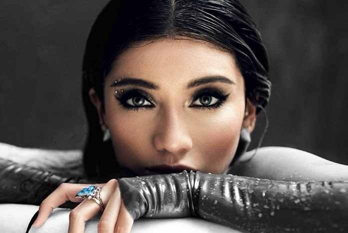 Kirstin Maldonado Dishes On Pentatonix, Her Solo Album And Their Most Challenging Tour