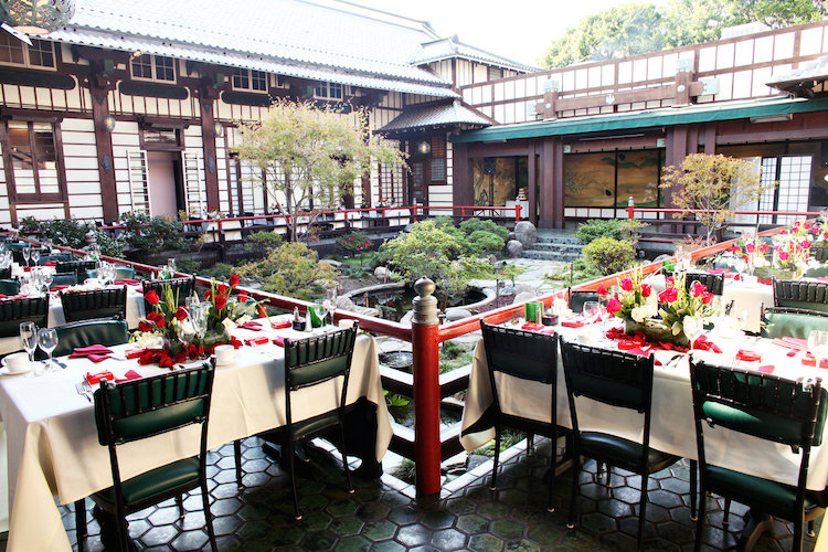 Yamashiro_courtyard