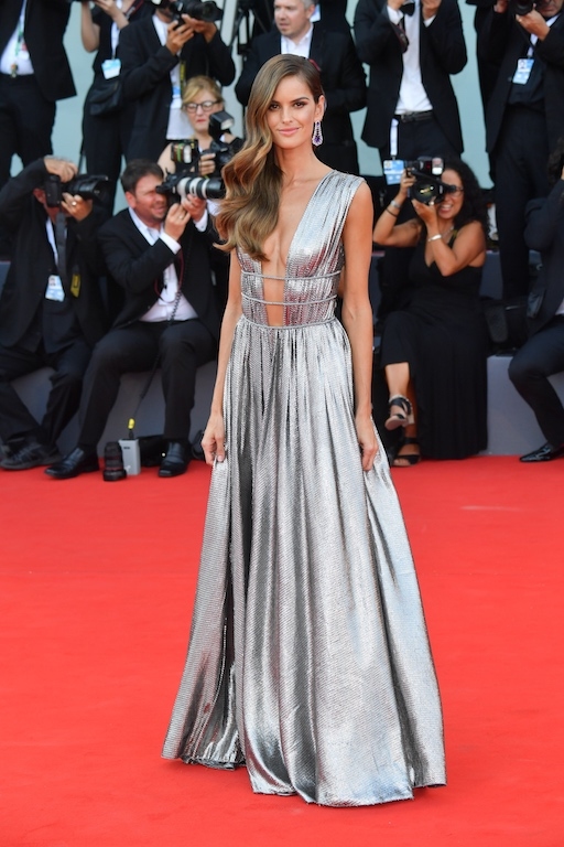 VENICE, ITALY - AUGUST 29: Model Izabel Goulart walks the red carpet ahead of the opening ceremony and the 'First Man' screening during the 75th Venice Film Festival at Sala Grande on August 29, 2018 in Venice, Italy. (Photo by Stephane Cardinale - Corbis/Corbis via Getty Images)