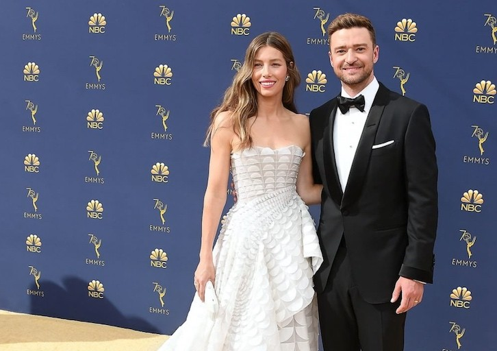 Best Dressed Stars On The 70th Anniversary Emmys Golden Carpet