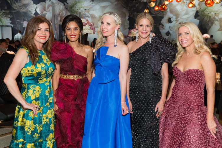 SAN FRANCISCO, CA - September 5 -  Farah Makras, Komal Shah, Sonya Molodetskaya, Mary Beth Shimmon and Jennifer Walske attend San Francisco Symphony Opening Night Gala on September 5th 2018 at Davies Symphony Hall in San Francisco, CA (Photo - Devlin Shand for Drew Altizer Photography)